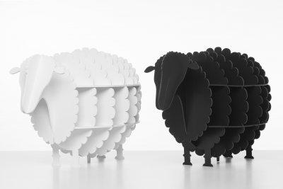 Karton-Schafe weiß schwarz seitlich